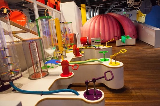 What is in Dubai Marina Mall  - Little Explorers| The Vacation Builder