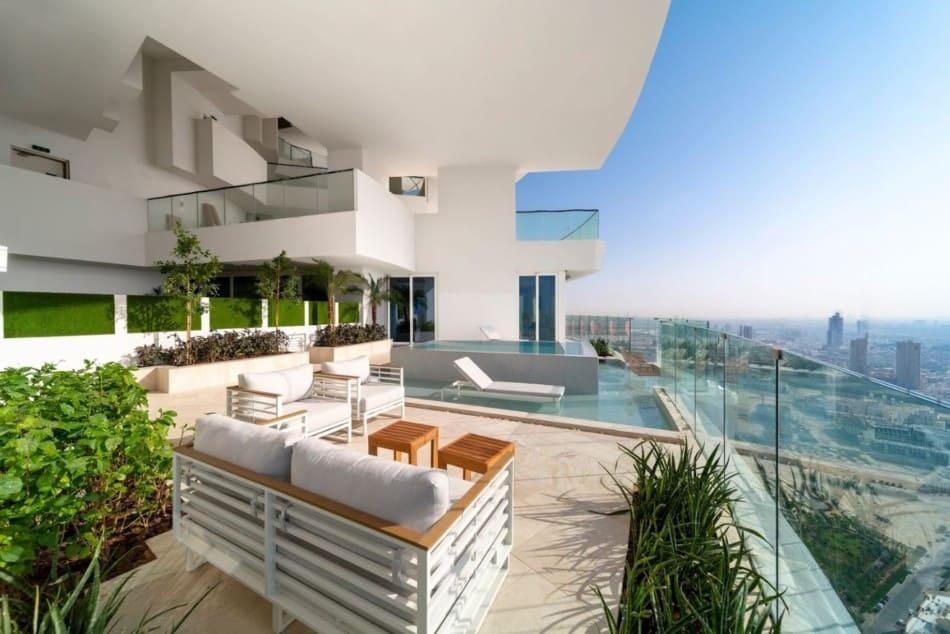 Best Places for a Honeymoon in Dubai - FIVE Jumeirah Village | The Vacation Builder