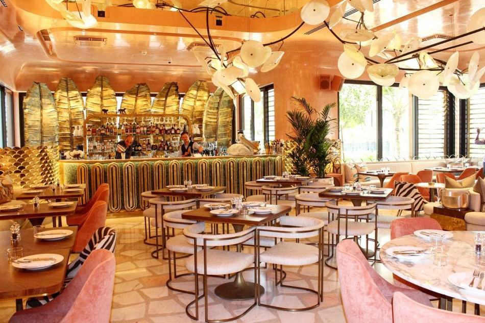 Best Places to Celebrate a Birthday in Dubai - Flamingo Room | The Vacation Builder