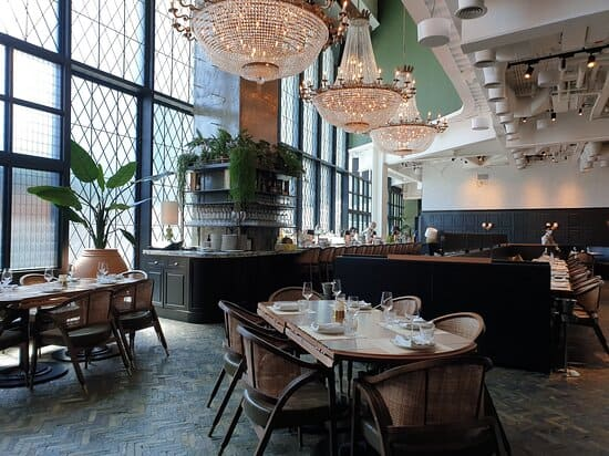 Best Places to Celebrate a Birthday in Dubai - Maine Land Brasserie | The Vacation Builder