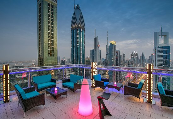 20 Amazing Things to do in Dubai at Night - Pure Sky Lounge | The Vacation Builder