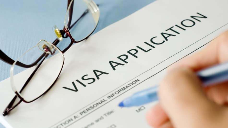 What visas do you need to work in Dubai?   The Vacation Builder