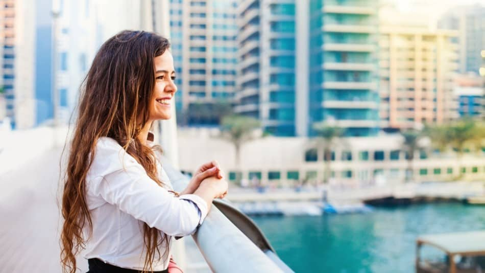Working in Dubai as a Woman   The Vacation Builder