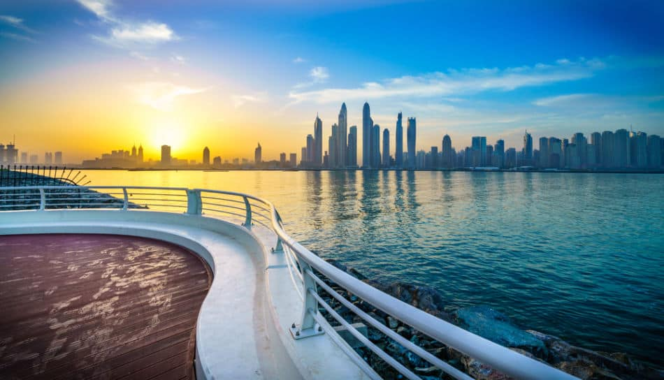 Best Places to Watch Sunrise in Dubai - Palm Jumeirah | The Vacation Builder