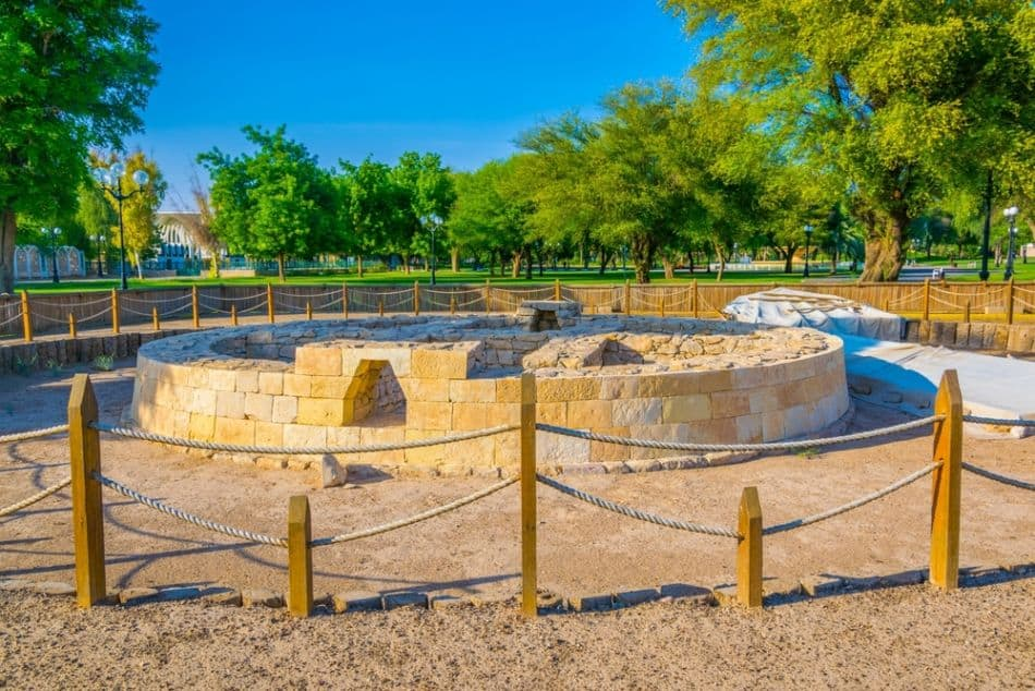 Things to do at Jebel Hafeet - Hili Archeological Park   The Vacation Builder