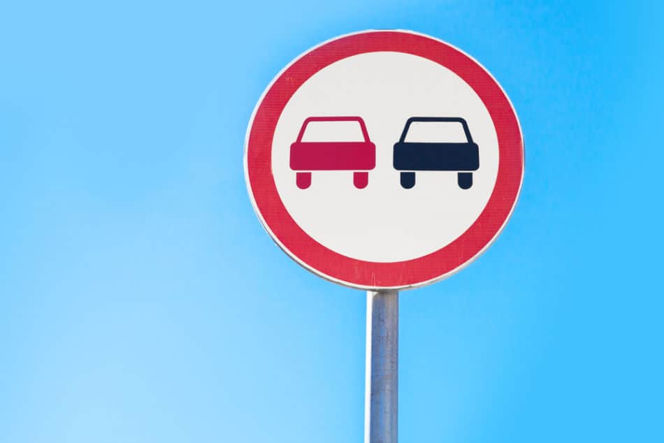Common Traffic Signals and Signs in Dubai to Look Out For - Prohibitory Sign   The Vacation Builder