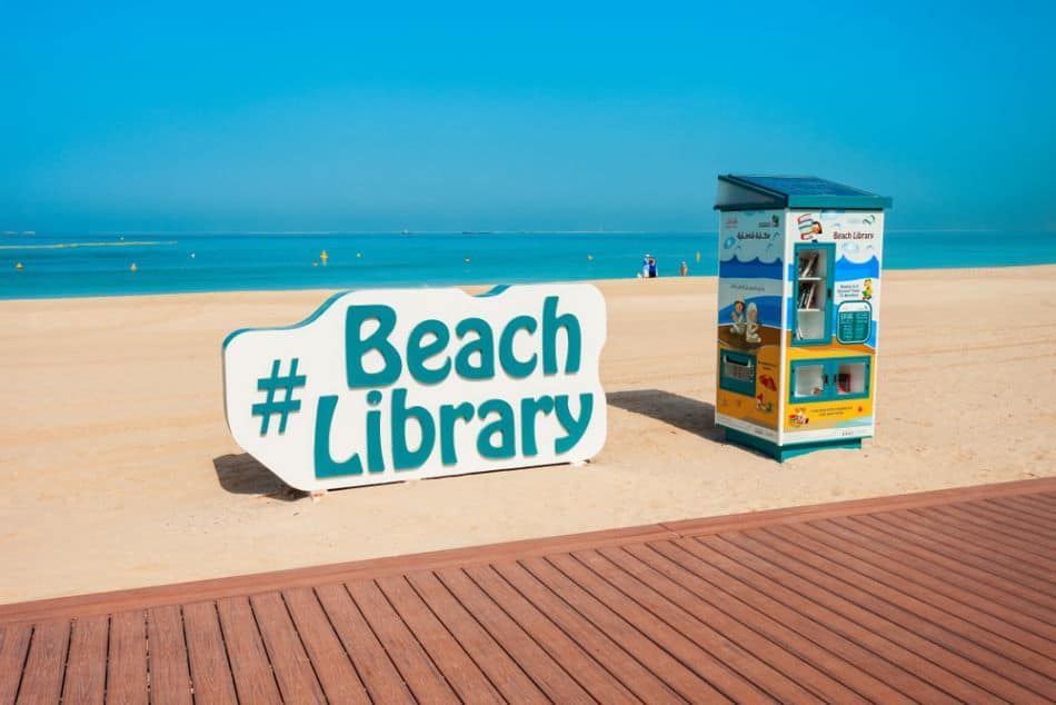 Things to do at Kite Beach   Beach Library   The Vacation Builder