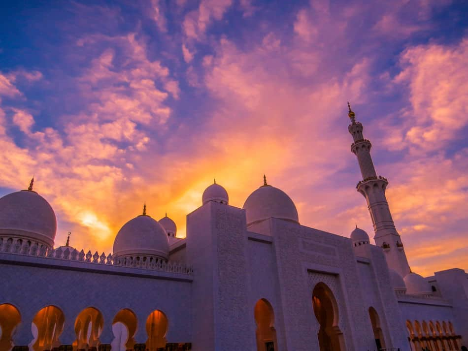 Best Places to See Sunrise and Sunset in Abu Dhabi - Grand Sheikh Zayed Mosque | The Vacation Builder