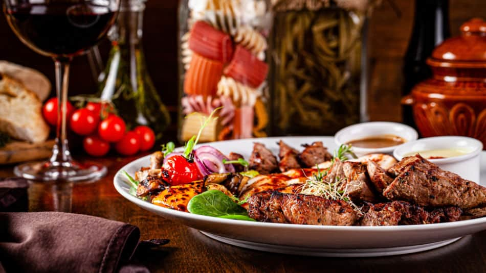 20 Amazing Things to do in Dubai at Night - Eating Out - Asil Restaurant | The Vacation Builder