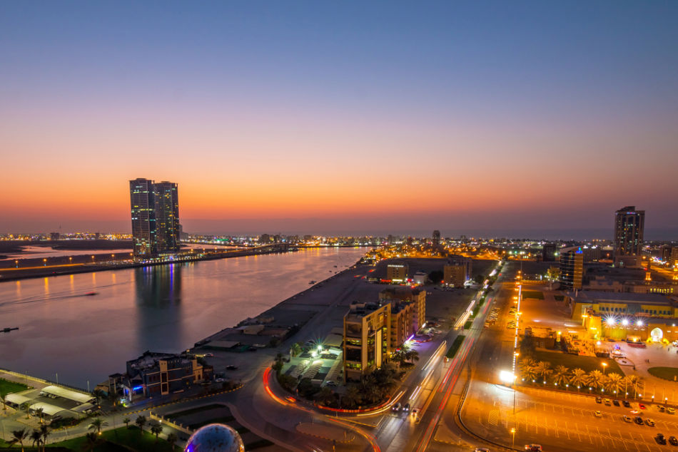 Best Places to Watch Sunrise and Sunset in Ras Al Khaimah - Rooftop Bar at The Hilton Hotel | The Vacation Builder