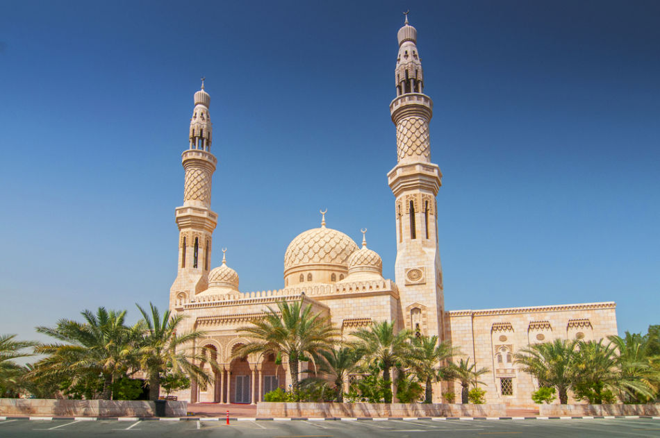 Famous Buildings in Dubai   #4 Jumeirah Mosque   The Vacation Builder