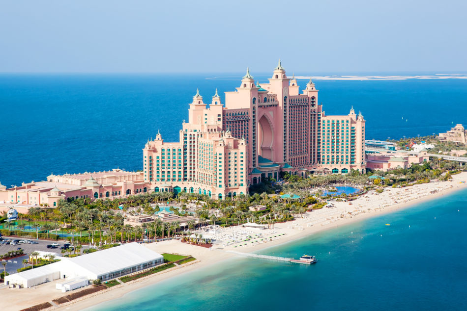 Best Beach Clubs in Dubai for Couples - White Beach Club at Atlantis | The Vacation Builder