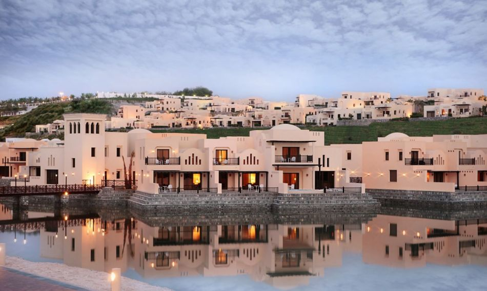 Top 3 Hotels in Ras Al Khaimah for Families - #2 The Cove Rotana   The Vacation Builder